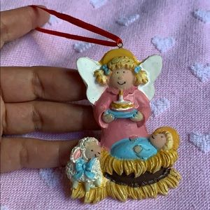 "3"" angel with baby Jesus in manger ornament decor"